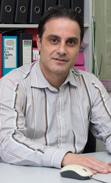 Νικος Τρελοπουλος